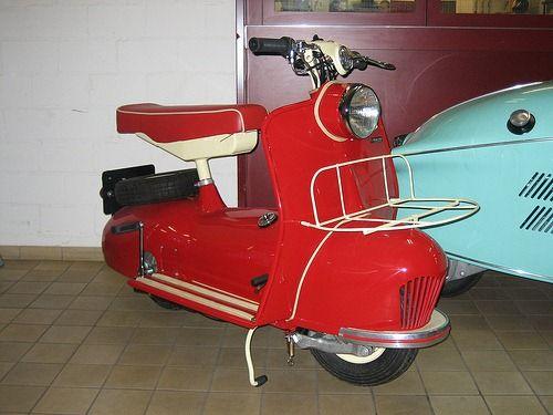 Piatti Scooters: Piatti Scooters, Scooters Keren, Cutie Motors, Classic Scooters, Lambretta, Irons Scooters, Red Scooters, Scooters Rid, Custom Bobbers Moto