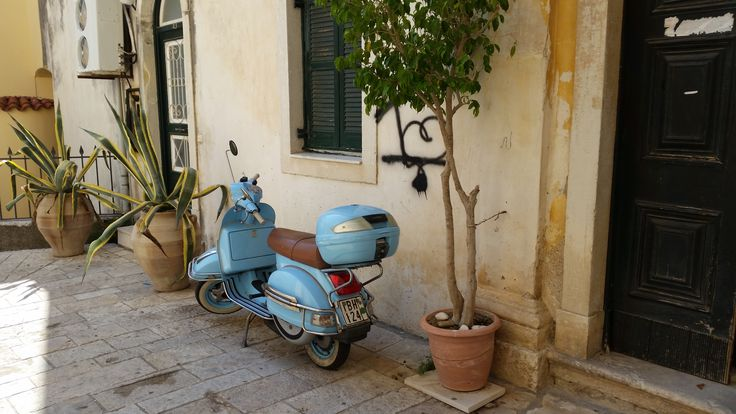 Vespa - Kerkyra Corfu