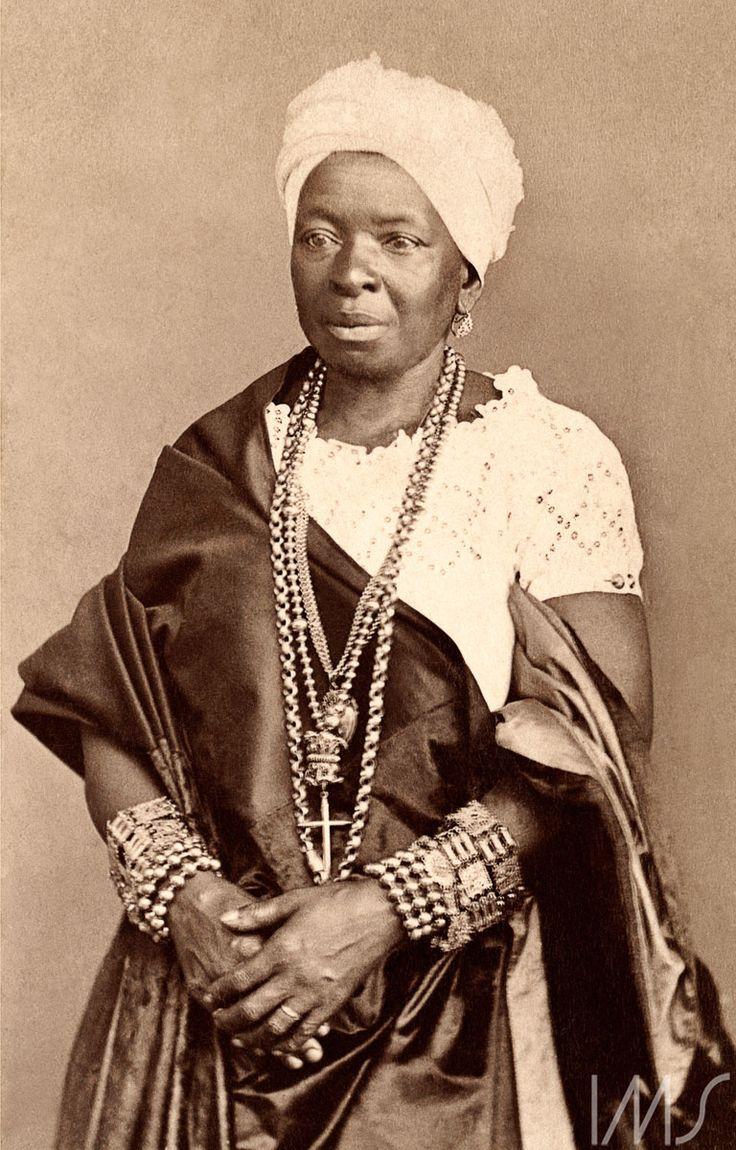 Dia da Abolição da Escravatura | Brasiliana FotográficaMarc Ferrez. Negra da Bahia, c. 1885. Salvador, BA / Acervo IMS