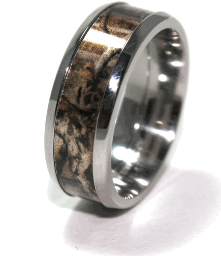 Mossy Oak Break-Up Infinity Camo Ring hunter might like this lol