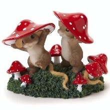Charming Tails figurines.  Very detailed and so cute!