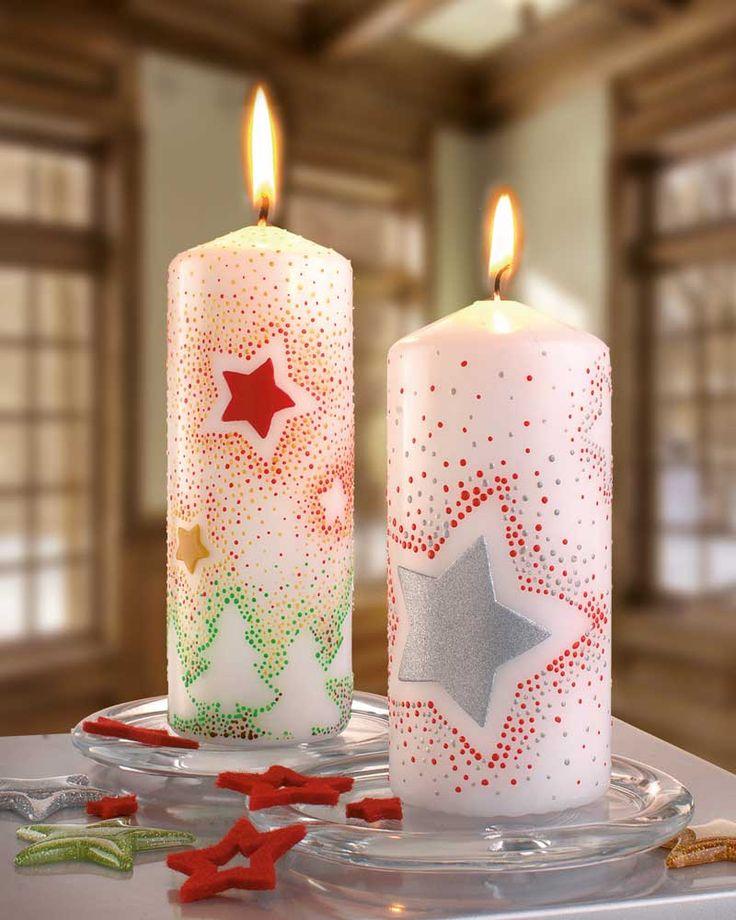 """Kerzen mit Sternen (Idee mit Anleitung – Klick auf """"Besuchen""""!) - Kerzen gehören zur Weihnachtszeit unbedingt dazu. Wie wäre es, wenn Ihre Kinder und Sie selbst Ihre Kerzen mit Hilfe von Motivstanzern, Wachsplatten und Candlepaint ganz einfach toll verzieren? Wie kinderleicht das geht, zeigen wir Ihnen mit dieser Bastelidee!"""