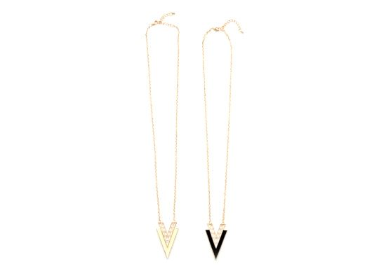 Triangle Necklace http://www.jnize.com/en/article/100000131/