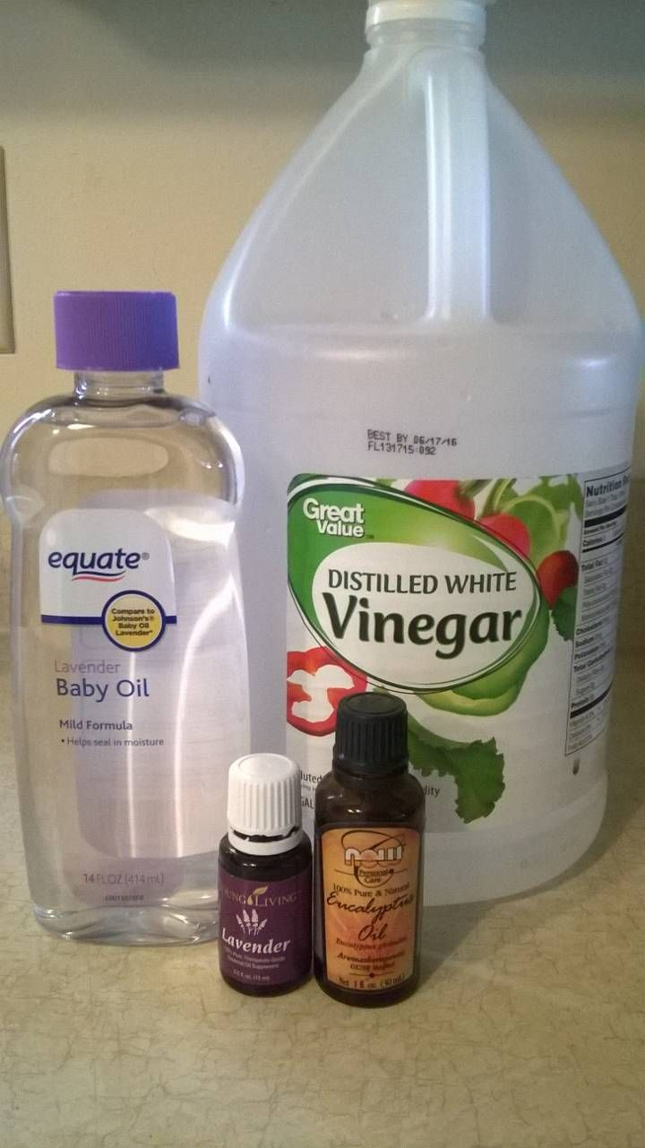 DIY Equine Fly Spray: 2 cups white vinegar, 4 capfuls of baby oil, 10 drops each essential oil lavender, eucalyptus & peppermint. Fill remainder of spray bottle with water & shake before each use. :)