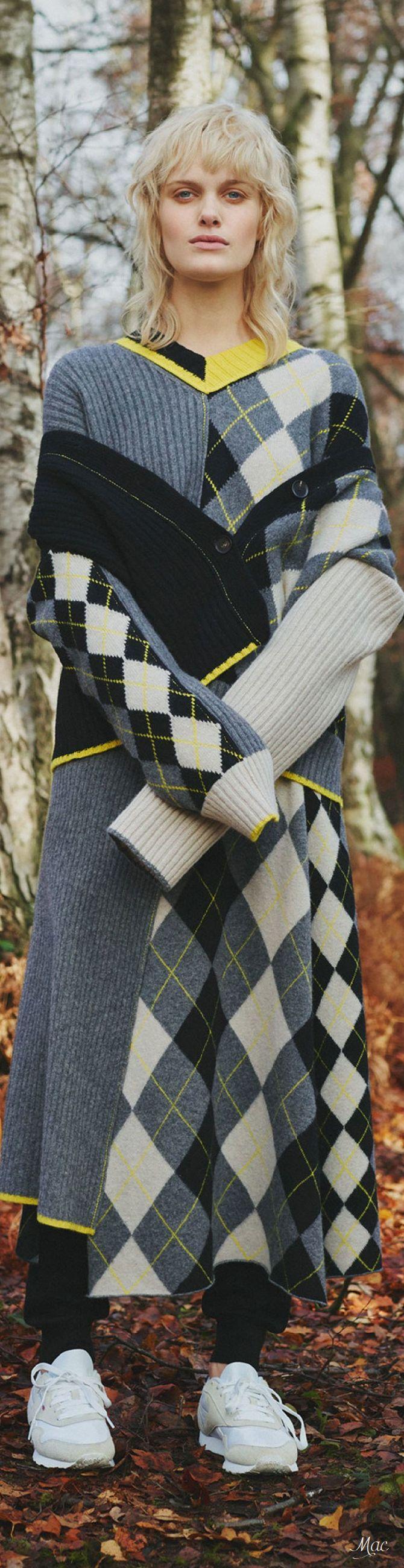 Argyle Intarsia | Pre-Fall 2018 Pringle of Scotland | Patchwork Sweater #knitspiration