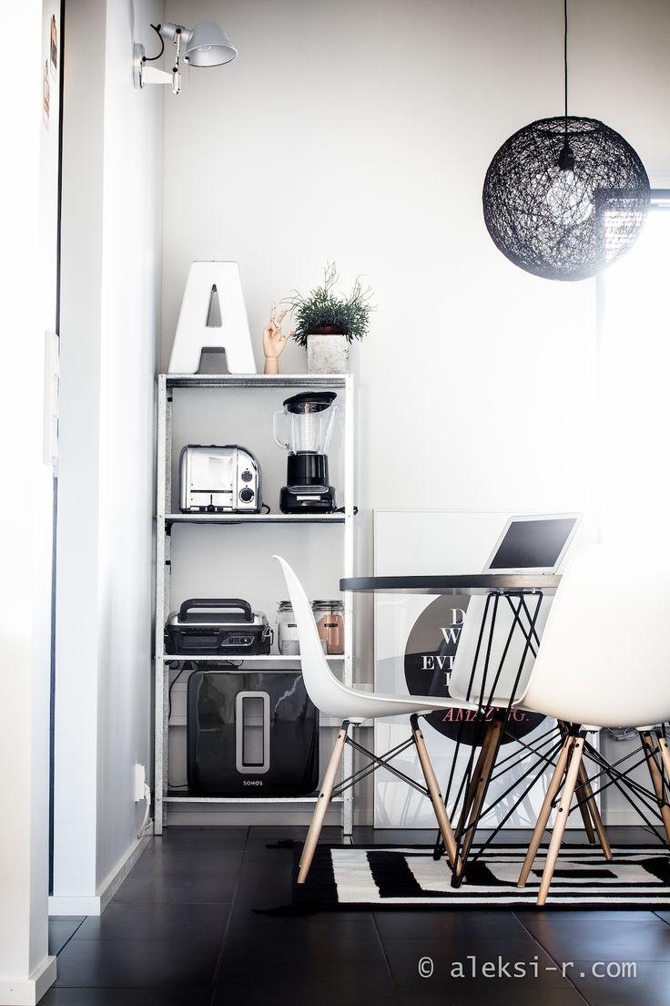 Hyllis – kymppihylly keittiössä!