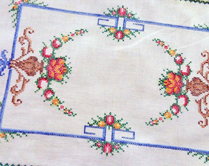 Vintage petite nappe au point de croix