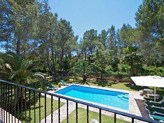 La Font 64 - Modern family villa walking distance to town, large pool, AIRCON, FREE WIFI
