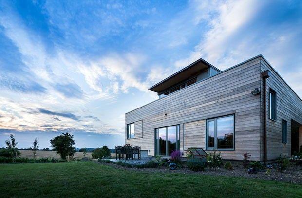 Casa de fazenda na Inglaterra tem arquitetura moderna  (Foto: David Butler / Divulgação)