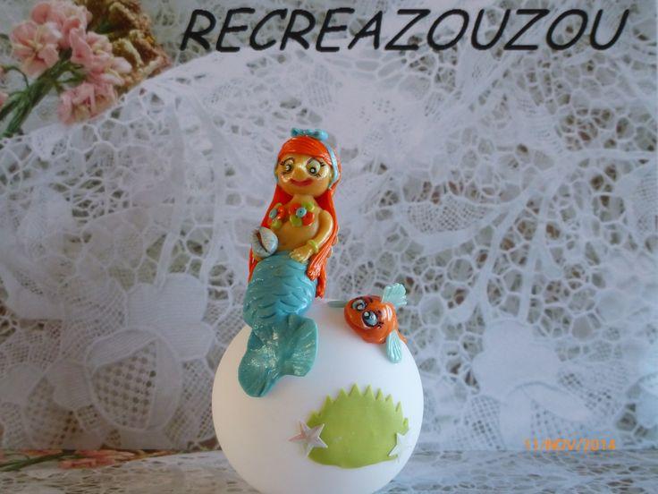 veilleuse à led décorée d'une sirène et son poisson en porcelaine froide fait main : Luminaires par recreazouzou