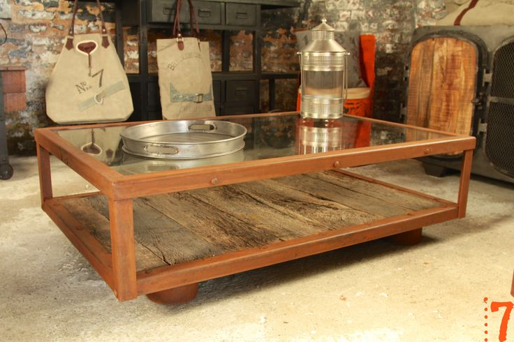 253 best meuble industriel images on pinterest cabinet industrial furniture and vintage for Grande table industrielle