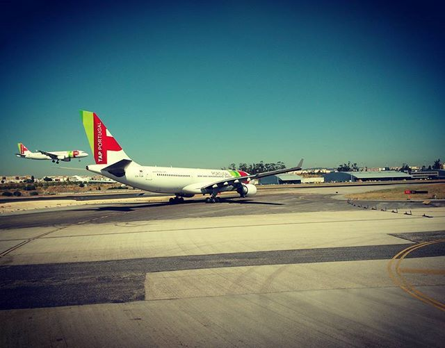 Pai a controlar aterragem do filho #airbus330 #airbus320 #flytap #tapportugal #lisbonairport