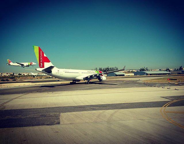 Pai a controlar aterragem do filho #airbus330 #airbus320 #flytap #tapportugal #lisbonairport