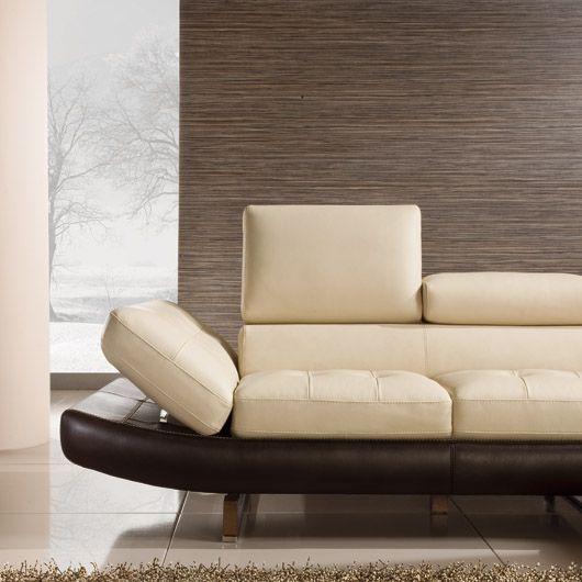 #maxdivani #brown #white #poltrone #mobiliriccelli #furniture #sofa #pelle #sittingroom  #mr #leather #interiordecor