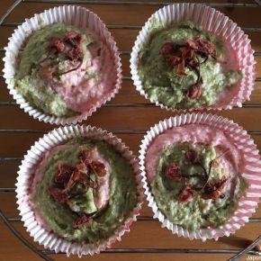 Gâteau à la noix de coco macha et fleur de cerisier 桜の花抹茶ココナッツケーキ | Le Japon sur la table