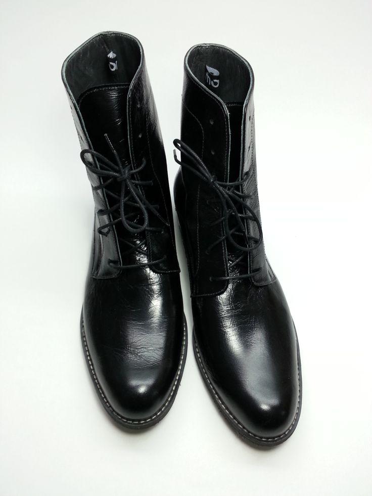 http://www.myfashionizer.ro/rochii-elegante/magazin-online/incaltaminte-dama/pantofi-online-piele-cu-siret