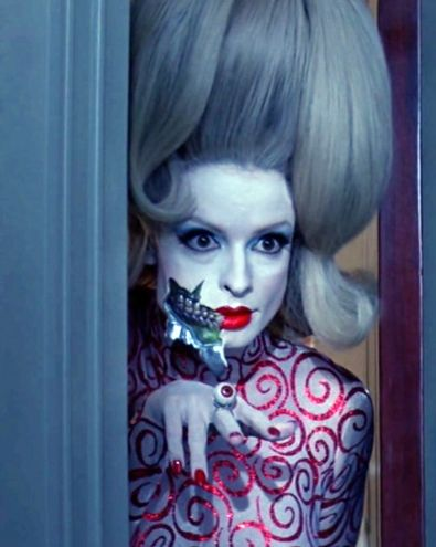 """""""Mars attacks !"""" by Tim Burton... but what unsung hero did this hair, because they deserve an Oscar."""