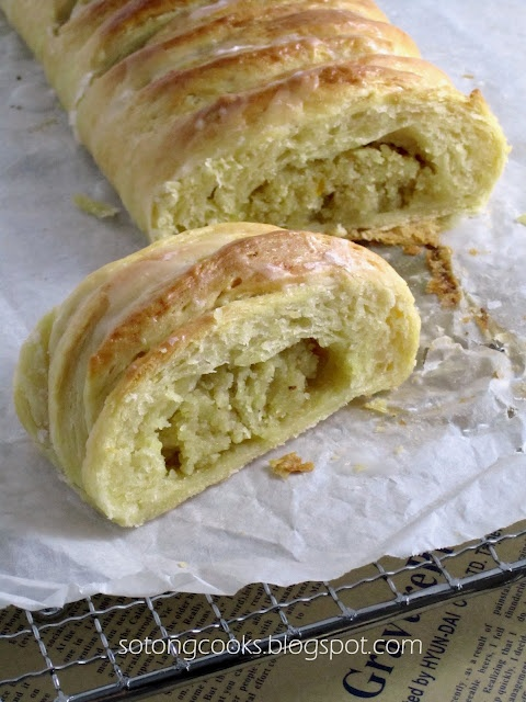 Food Processor Almond Danish Braid