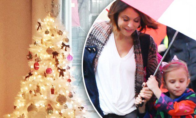 Bethenny Frankel shows off small white Christmas tree