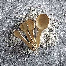 Wooden measuring spoons, want for dry ingredients measure