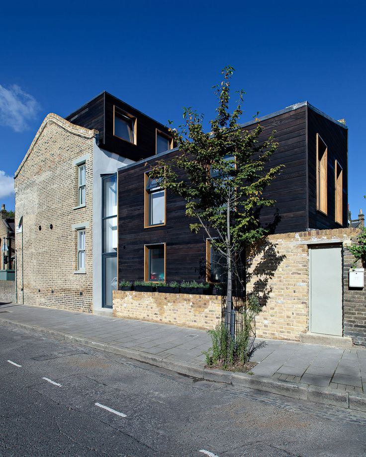 Kenworthy Road by Chris Dyson Architects