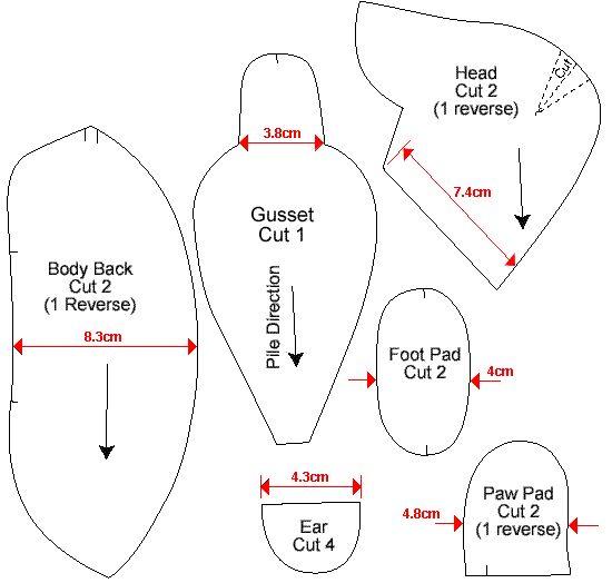 """Увеличить шаблоны ниже размеры, указанные.  Тебе понадобится  23см (9 """") 1 см (3/8"""") длиной куча мохер Небольшое количество шерсти чувствовал к подушечки лап Шесть 3.5cm (1 1/2 """") и четыре 4,5 см (1 7/8"""") ДВП диски Четыре 2 см (7/8 """") и один 4 см (1 5/8"""") болтами с гайками Nyloc Десять металлические шайбы Пара 9мм стеклянными глазами (черный) Хорошее качество машина нить, чтобы соответствовать Сильный поток для закрытия швов Полиэстер медведь наполнитель"""