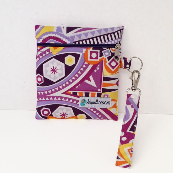 Maxwell Designs is giving away one of their gorgeous Tula inspired Mini Wet Bags aka Change Purse with a detachable swivel key fob PLUS a $10 Gift Card to spend in their online store, perfect for every occasion!