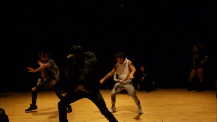 Friday Night Raw | Lydia Sweets Choreography @ovosweets Check it (y)  Last performance +Lydia Sweets´s crew incl. @Hidenorijapan - dancer from #Japan - 28.4.2017 - #Los Angeles #FridayNightRaw