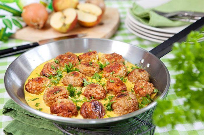 Kycklingköttbullar med currysås | Året Runt