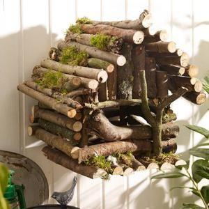 Sehe dir das Foto von FlowerPower mit dem Titel Vogelhaus Bauanleitung mit Stöckern und andere inspirierende Bilder auf Spaaz.de an.