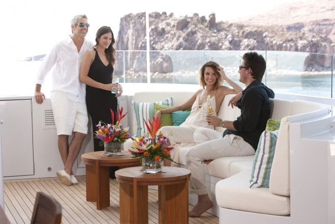 Blue & Beyond #7 - Top 10 Reasons to Charter a Yacht
