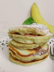 puszyste placuszki bananowe, bez mleka, z bananem, placuszki, na śniadanie, śniadaniowe placuszki, bananowe,