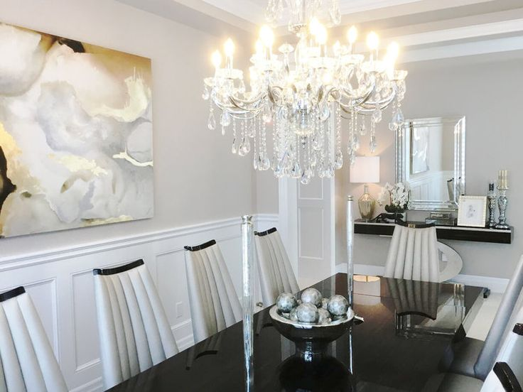 Interior Design/Decor - Elegant Dining Room in Oakville, ON Canada by Kimmberly Capone Interior Design    www.kimmberlycapone.com