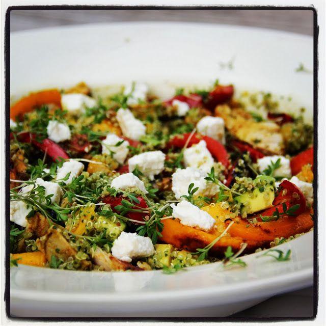 Quinoa met kip, avocado, paprika en mango