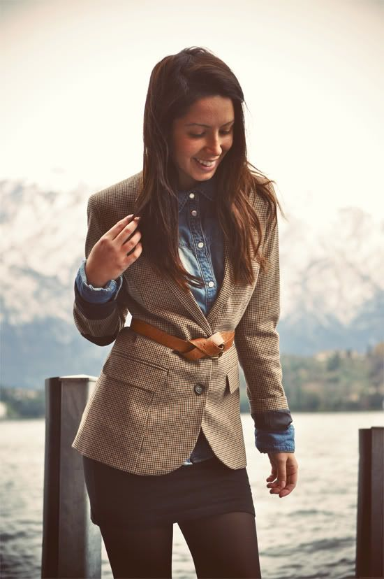 .Light Pink Blazers, Fashion, Back To Schools, Style, Denim Shirts, Fall Looks, Black Skirts, Fall Outfit, Leather Belts