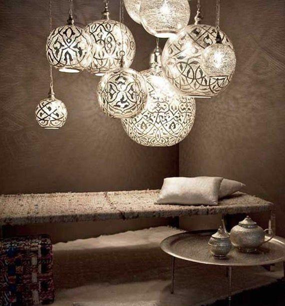 Messing Hangende Lampen 4 Maten Kleine M Large Arabische Etsy Unique Pendant Lights Arabic Decor Home Decor Accessories