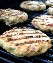 """These Grilled Turkey Burgers are stuffed with all sorts of veggie goodness and cooked to pure perfection with one of @Cuisinart best selling products – the Griddler! Trust me, you'll want this as one of your top """"Must Have"""" registry picks! http://9nl.be/MarSBBTMPIN1 [Partnered]"""