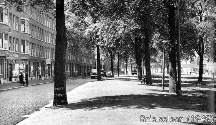 Brielselaan 1949 en hier woonde mijn 1e vriendje, Cor Razenberg. Dienij de Lang-de Bruijn.