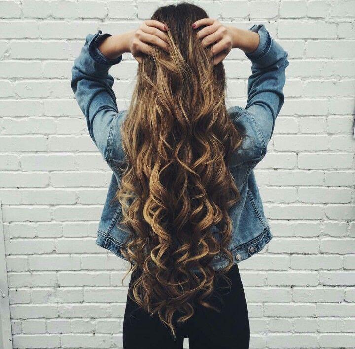 Long Curly Hair Hair Amp Make Up Pinterest