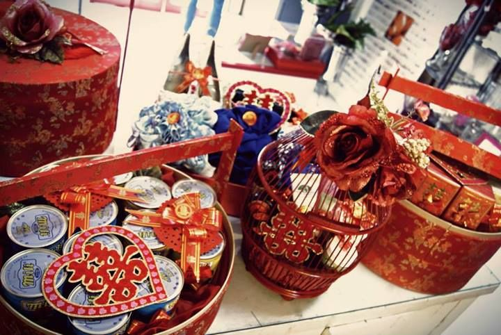 Old Shanghai #sangjit collection. #birdcage #basket #box