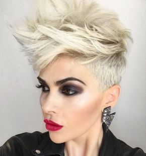 My hair is exactly like this but I don't know how to style it this cool! Lol