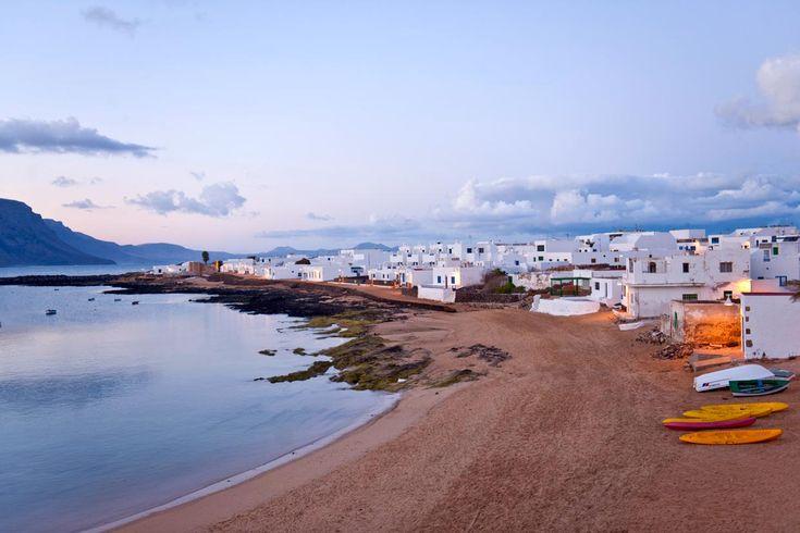 Diez pueblos deliciosos de la costa española ISLA DE LA GRACIOSA    CANARIAS