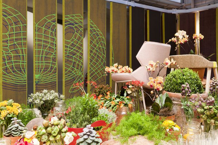 In collaboration with Moroso, we introduced The Revolving Room by Patricia Urquiola – a unique and interactive installation featuring Patricia Urquiola's new textile collection for Kvadrat.