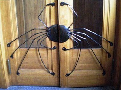40 unusually creative external door handles | Curious, Funny Photos / Pictures  curiousphotos.blogspot.com