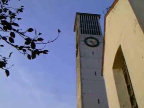 """#Kirche #Hl. #Dreifaltigkeit  #Saarlouis #Fraulautern  (Glocke 4 #und 5)  #Saarland --- #GLOCKE 1(""""Heiligste Dreifaltigkeit"""") --- Schlagton: B° Gewicht: 3300 #kg Durchmesser: Ø 172 #cm Material: #Bronze Glockengiesserei: #Glockengiesserei """"Otto"""" #in #Saarlouis Gussjahr: 1954  --- #GLOCKE 2 (""""Heilige #Maria, Koenigin #des Himmels #und #der Erde"""")--- Schlagton: D Gewicht: 1600 #kg Durchmesser: Ø 136 #cm Material: #Bronze Glockengiesserei: #Glockengiesserei """"Otto"""" #in #Saarlo"""