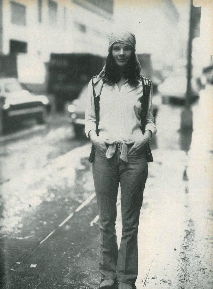 ali macgraw • 1969