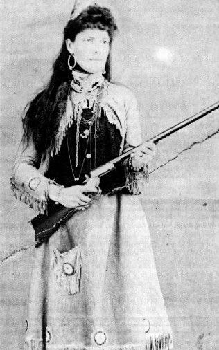Martha Jane Canary-Burke, conocida como Calamity Jane o Juana Calamidad (1 de mayo de 1852-1 de agosto de 1903), fue una defensora fronteriza y exploradora profesional estadounidense, famosa por su afirmación de ser amiga íntima de Wild Bill Hickok, pero también por haber luchado contra los amerindios.