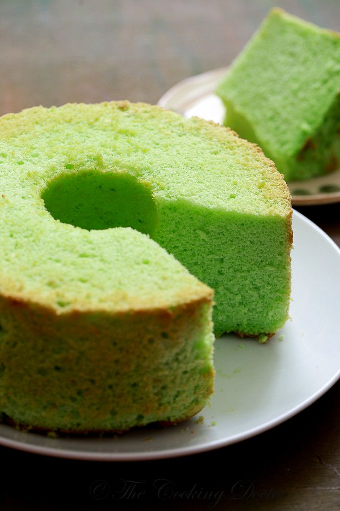 pandan chiffon cake, with tips on how to get the perfect cake-4