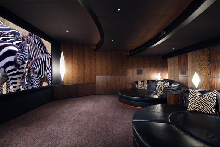 Home Theater Love These Huge Comfy Looking Couches Hometheater Projector Home Theatre Surround Sound Plasma Tv Recliner Sofa Acoustics