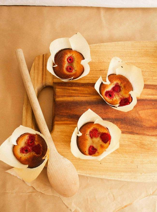 Raspberry, Burnt Butter and Coconut Friands (gluten free!) via Sugar and Cinnamon